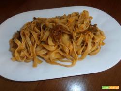 Fettuccine al sugo di funghi porcini