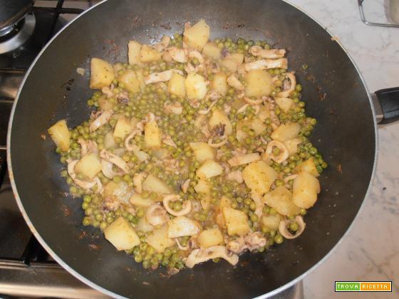 seppie con piselli e patate