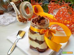 Tiramisù amaretto e gocce di cioccolato
