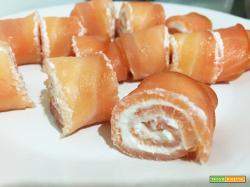 Involtini velocissimi salmone e formaggio cremoso