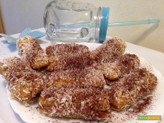 Pavesini al cocco ripieni di crema alla Nutella