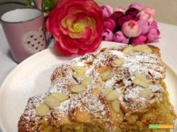 Torta rustica con mele e mandorle