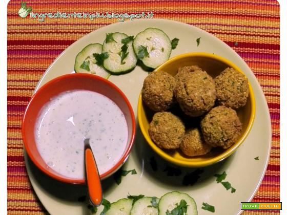 Falafel non-fritti con salsa tzatziki
