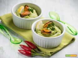Avocado con cozze, un antipasto all'insegna della salute