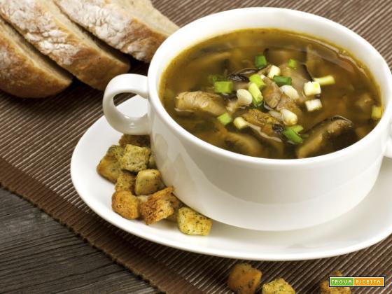 Zuppa di funghi cinesi