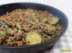 Lenticchie e zucchine aromatizzate