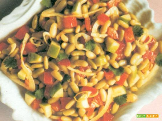 Insalata di fagioli al curry, colorata e piccante