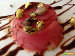 Gelo di melone con cioccolato fondente e pistacchi
