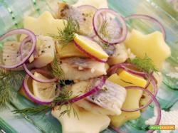 Insalata di aringhe e patate, un'abbinamento che arriva dall'est