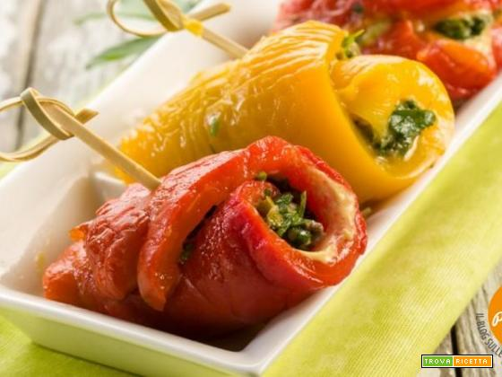 Involtini di peperoni ripieni: la carica di vitamine dai mille colori!