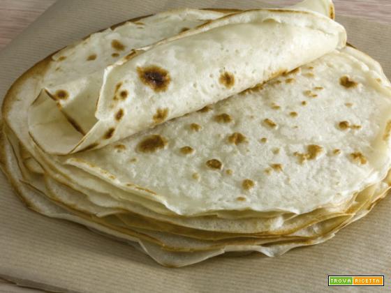Piadina liscia e farcita: la golosità pratica tutta gluten free