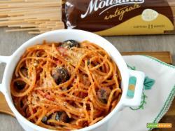 Spaghetto quadrato integrale con polpette di melanzana