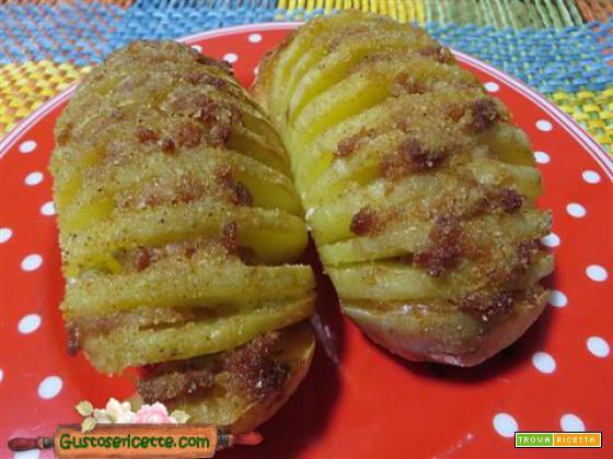Patate hasselback salsiccia gorgonzola