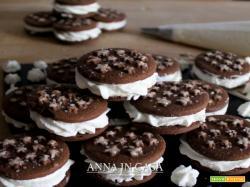 Biscotto gelato alla panna e vaniglia