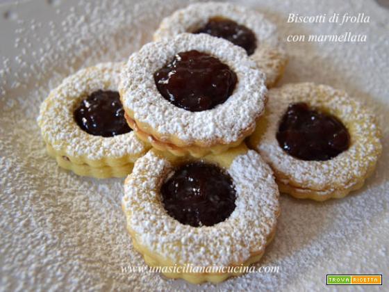 Biscotti di frolla con marmellata