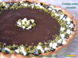 Crostata fredda con crema e cioccolato