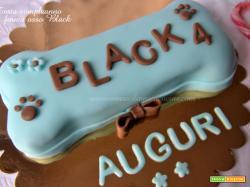 Torta compleanno forma osso Black