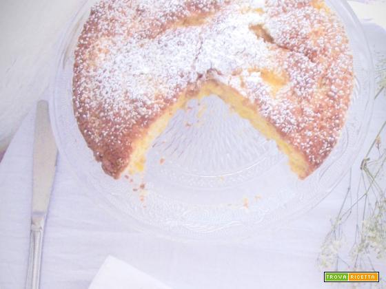 La torta rustica al cocco e ananas