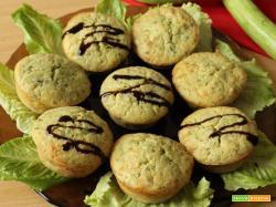 Muffin salati con zucchine, menta e misto di semi