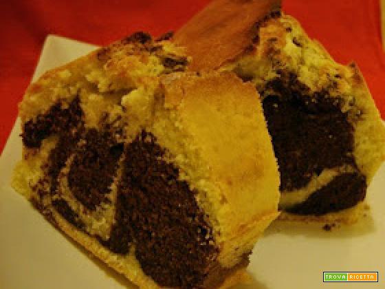 Plum-cake variegato e auguri a mia figlia