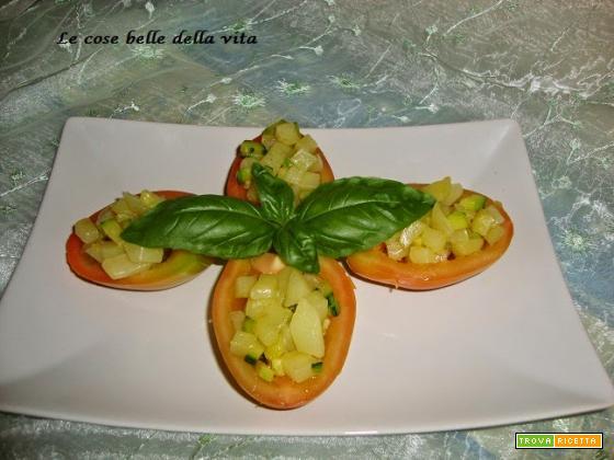 Pomodori ripieni con zucchina e patata