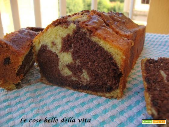 Plum cake alla panna variegato al cioccolato