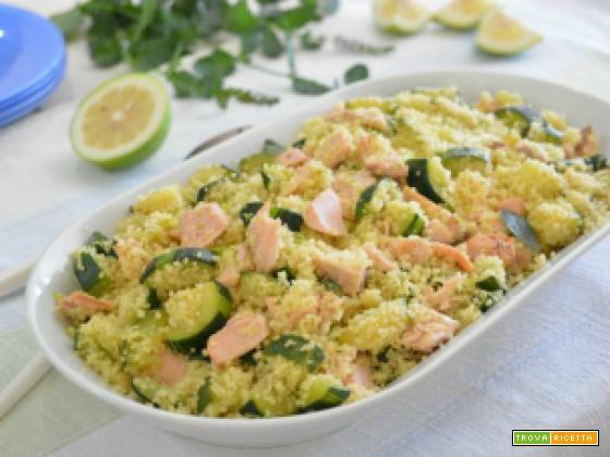 Cous cous al salmone con zucchine, lime e menta