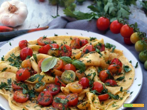 Crêpes con erbe e pomodorini