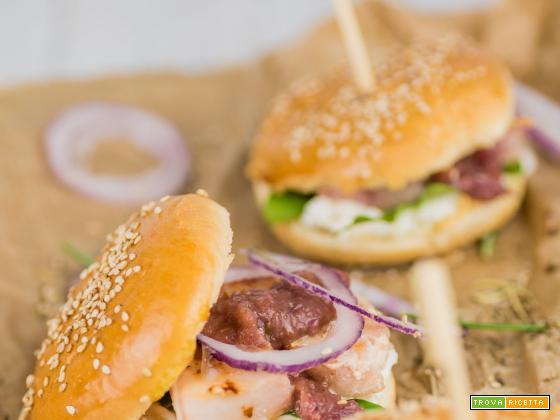 Sandwich di Spada e cipolle rosse