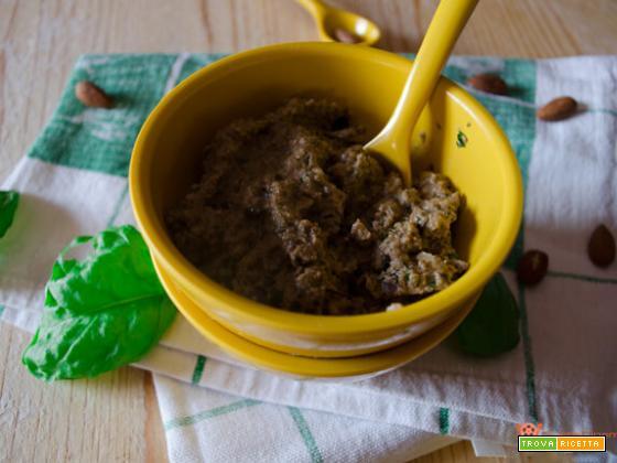 Pesto di melanzane un condimento facile e veloce