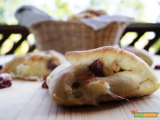 Panini napoletani ricetta facile e sfiziosa