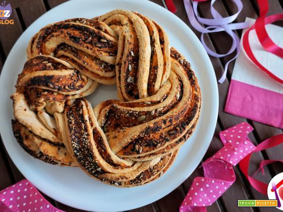 Torta angelica al pomodoro e semi vari