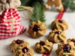 Biscotti di Natale: biscotti con grano saraceno e mirtilli rossi