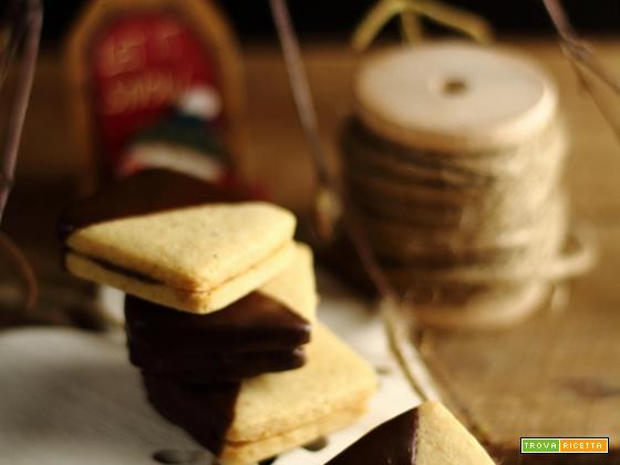Biscotti alle nocciole e crema gianduia