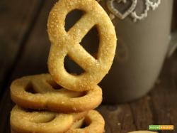 Biscotti di frolla semplice con farina di farro