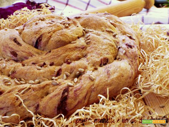 Girella rustica di pane con cavolo rosso|ricetta salata