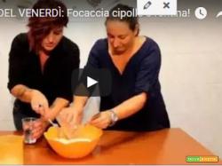 Focaccia cipolle e fontina (Una giornata con Clara Varriale vol.1)