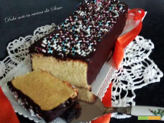 Plumcake alla panna glassato al cioccolato
