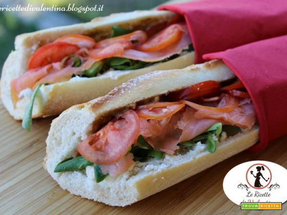 Baguette al salmone, un panino che è un pasto completo!