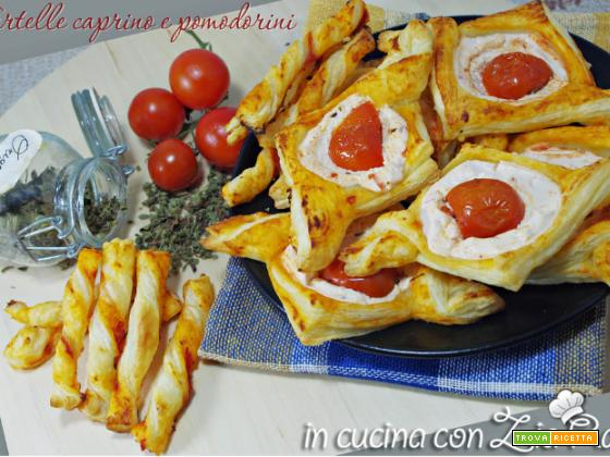 Tartine caprino e pomodorini di pasta sfoglia