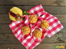 Muffin con zucca e melagrana