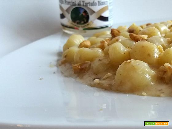 Gnocchetti ai formaggi con porcini e tartufo bianco