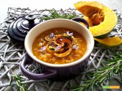 Zuppetta di zucca e lenticchie rosse – ricetta light veloce