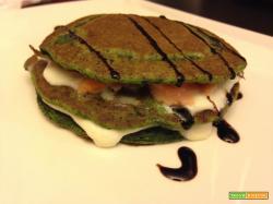 Con e Senza Bimby, Pancakes Salati agli Spinaci con Stracchino e Salmone Affumicato
