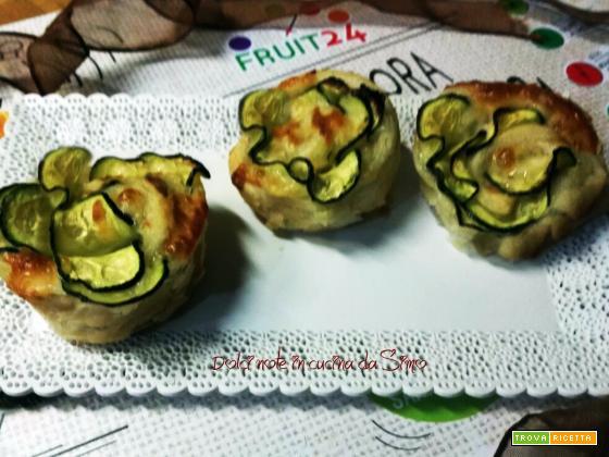 Roselline di sfoglia con le zucchine - Ricetta