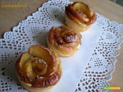 Roselline di sfoglia con mele