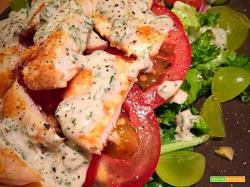 Insalata di Pollo con Salsa di Yogurt Balsamico