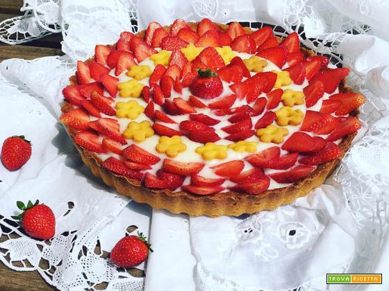 Crostata di Kamut® con crema di limoni bio e fragole fresche