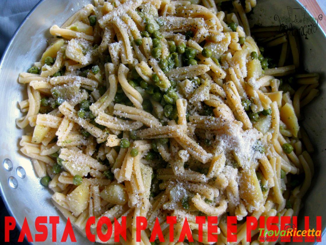 Ricette per casa pasta patate napoletana for Ricette per pasta