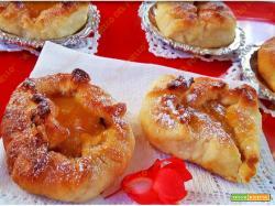 Finte veneziane di pan brioche con marmellata